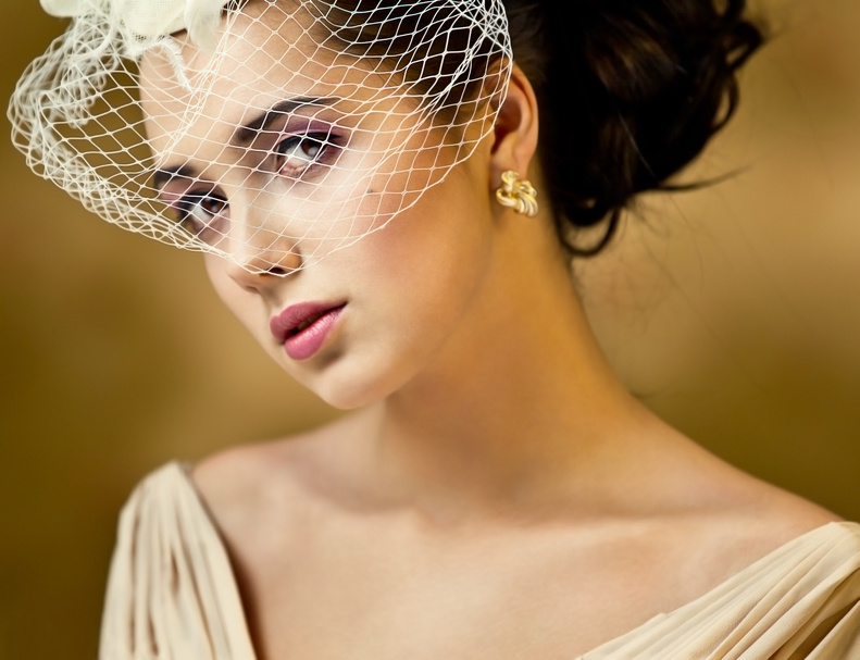 Örhängen: Karat gold bridal jewelry—for a classy touch
